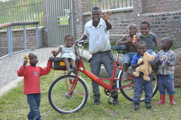 A donated Royal Mail Mailstar used as a work bike in Malawi.